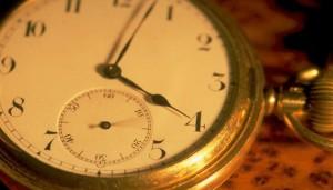 Saati Kim İcat Etmiştir